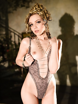 Showy Beauty  Lily  Solo, Softcore, Erotic